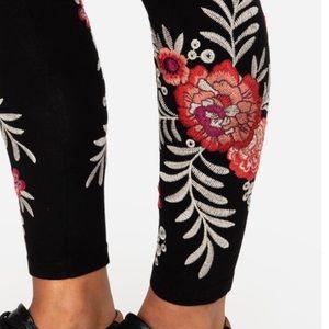 🍃💕NWT Johnny Was Boho Embroidered Maya Legging